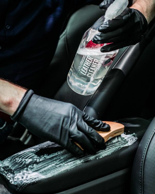 Auto leer reinigen en beschermen